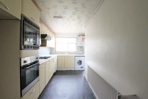 3 bedroom terraced house to rent - Larmans Road, Enfield, EN3
