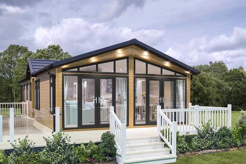4 bedroom holiday lodge for sale - Buy-to-let Luxury Lodge at Belvedere Resorts, Belvedere Resorts, Lidsing Road ME14