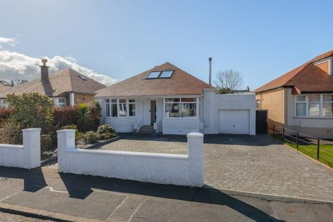 4 bedroom detached bungalow for sale - 12 Barr Crescent, Largs, KA30 8PX
