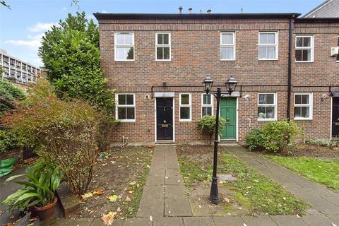 2 bedroom terraced house to rent - Bartholomew Square, London, E1