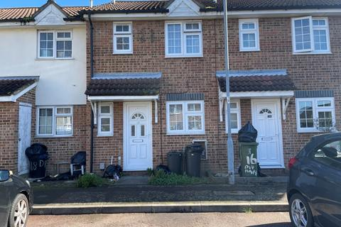 2 bedroom detached house to rent - Ilford  IG1 2UA