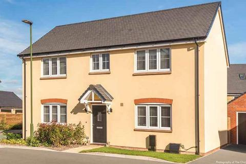 4 bedroom semi-detached house for sale - Sheerwater Way, Chichester, PO20