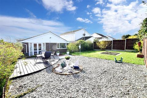 3 bedroom detached bungalow for sale - Bay View Road, Broadstairs, Kent