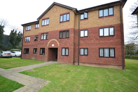 2 bedroom flat to rent - St. Georges Court Longmere Road RH10