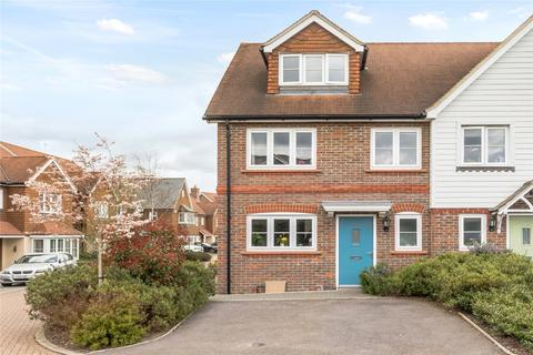 3 bedroom semi-detached house for sale - Talbot Mead, Hurstpierpoint, Hassocks, West Sussex, BN6