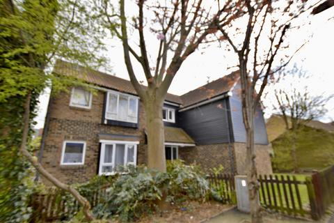 Studio for sale - Hadleigh Walk, Beckton, London, E6 5SA