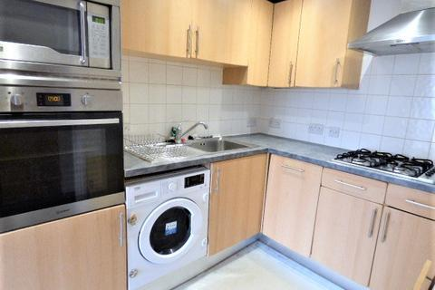 2 bedroom flat to rent - Clapton square, Hackney E5