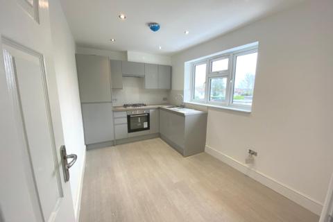 1 bedroom apartment to rent - Huntsman Road, Ilford, IG6 3TJ