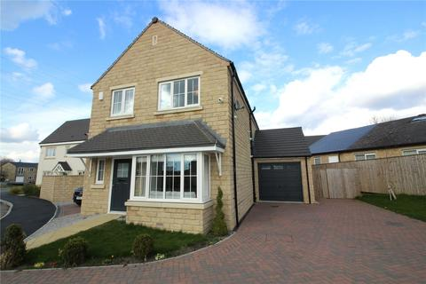 4 bedroom detached house for sale - Galloway Grove, Pudsey, LS28