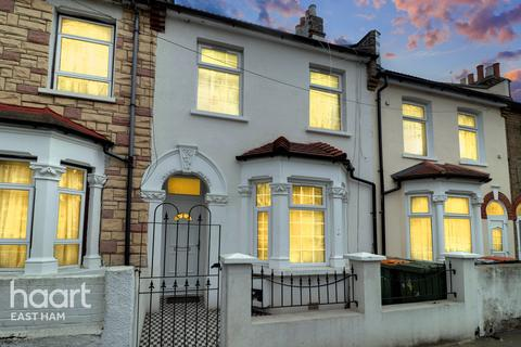 4 bedroom terraced house for sale - Stamford Road, London