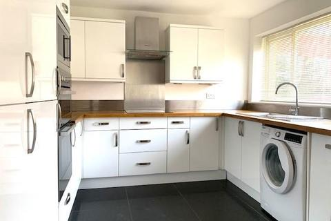 3 bedroom terraced house to rent - Deanfield Road,  Henley-on-thames,  RG9