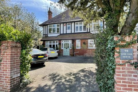 4 bedroom detached house for sale - Lowther Road, East Common, Bournemouth