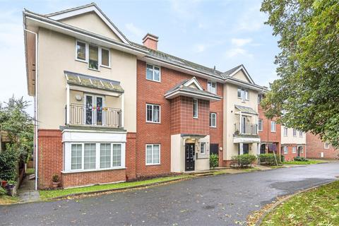 1 bedroom flat for sale - Pounden Court, 6 Aitken Close, Ruislip, Greater London