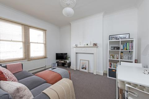 1 bedroom apartment to rent - Sandmere Road, SW4