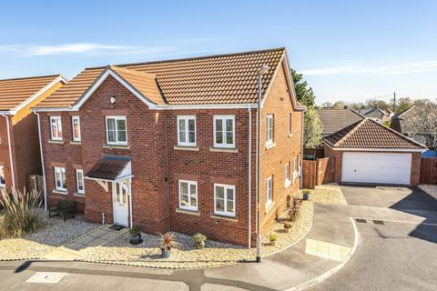 4 bedroom detached house for sale - Post Mill Close, North Hykeham, LN6