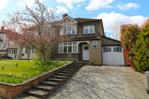3 bedroom semi-detached house to rent - Purley