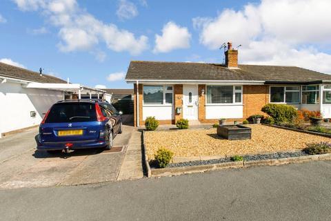 2 bedroom semi-detached bungalow for sale - Rhyl, Denbighshire