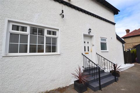 2 bedroom apartment for sale - Carmen Sylva Road, Craig Y Don, Llandudno, LL30
