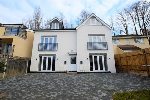 3 bedroom semi-detached house for sale - St. Peters Street, South Croydon