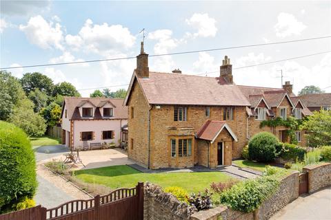 5 bedroom semi-detached house for sale - Green Street, Milton Malsor, Northamptonshire, NN7