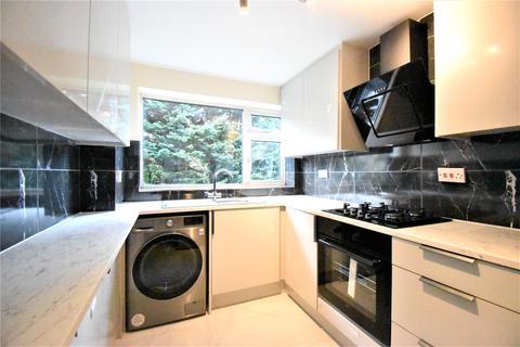 3 bedroom apartment to rent - Prince Andrew Close, Maidenhead, Berkshire, SL6
