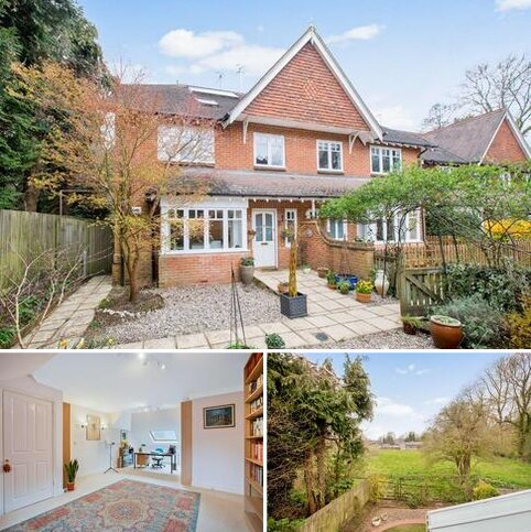 5 bedroom semi-detached house for sale - Archery Place, Gomshall