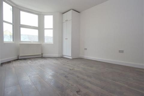 4 bedroom house to rent - Arnold Road, Tottenham N17