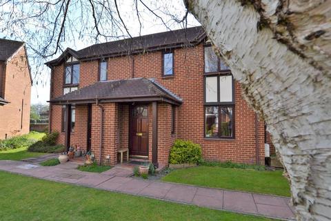 2 bedroom terraced house for sale - Glebe Farm Court, Up Hatherley, Cheltenham, GL51 3EB