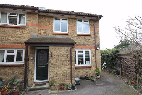 1 bedroom retirement property for sale - Riverside Court, North Chingford, London