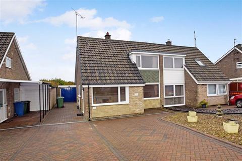 3 bedroom semi-detached house to rent - Rydal Crescent, Crossgates, North Yorkshire, YO12