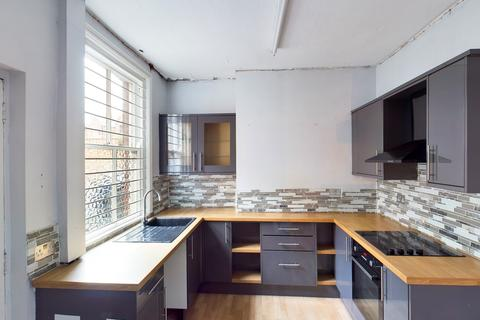 Property to rent - Stockport Road, Marple, Stockport, SK6
