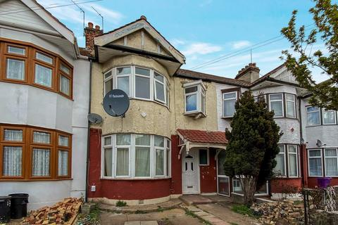3 bedroom terraced house for sale - Elstree Gardens, ILFORD, IG1