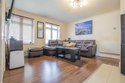 1 bedroom flat for sale - Waverley Road, Enfield