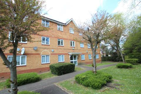 2 bedroom flat to rent - Acer Avenue, Hayes