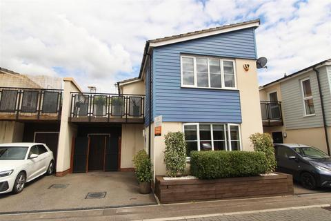 1 bedroom detached house to rent - Trevelyan Way, Old Wolverton, Milton Keynes