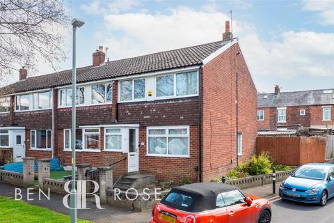 3 bedroom end of terrace house for sale - Riversedge Road, Leyland