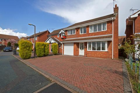 4 bedroom detached house to rent - Portland Grove, Westbury Park, Newcastle under Lyme
