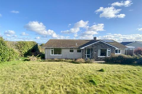 2 bedroom detached bungalow for sale - Inch Cape, 11 Maes Y Cnwce, Newport