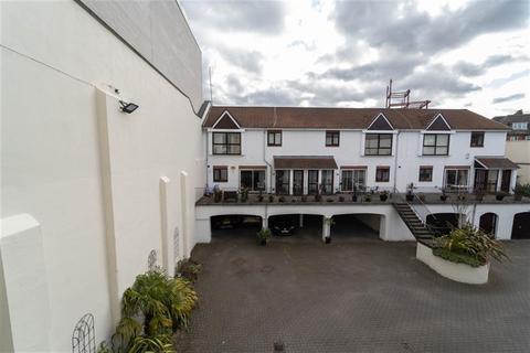 2 bedroom maisonette for sale - Barrack Court, Barrack Road, Newcastle