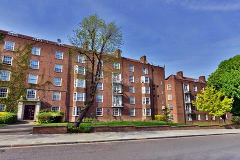 2 bedroom flat for sale - Adelaide Road, Belsize Park, NW3