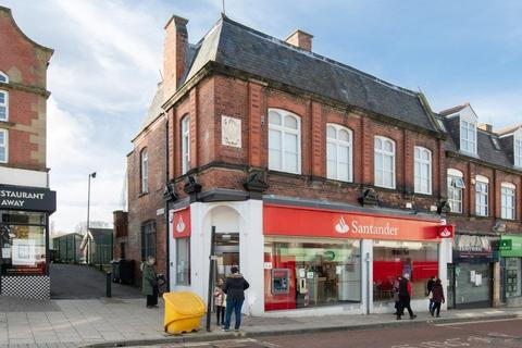 Shop to rent - Front Street, Chester-le-Street, DH3