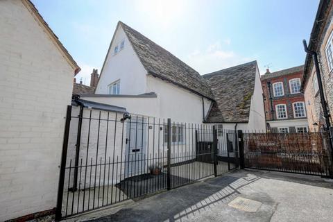 3 bedroom townhouse to rent - High Street, Watlington
