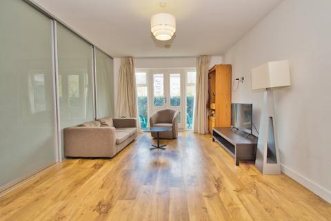 1 bedroom apartment to rent - Denham House, 17 Park Lodge Avenue, West Drayton