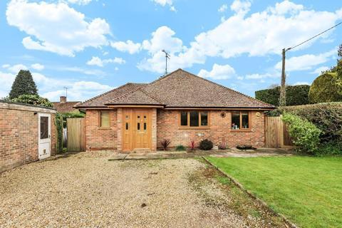 3 bedroom detached bungalow for sale - The Street, Nutbourne, RH20