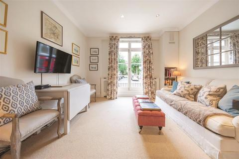 1 bedroom flat to rent - Blythe Road, W14