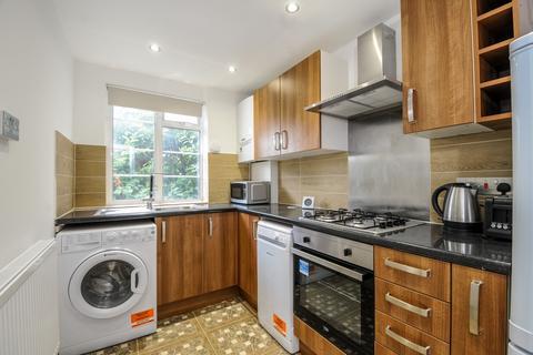 2 bedroom flat to rent - Hamlet Gardens Hammersmith W6