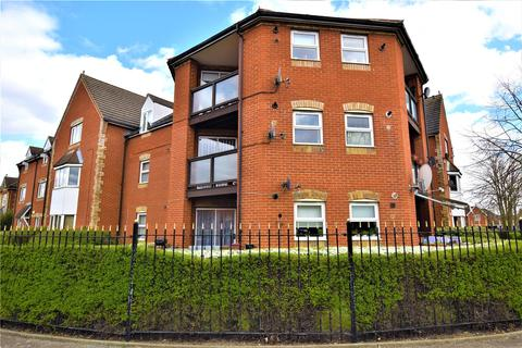 2 bedroom apartment for sale - Bluebell Close, Rush Green, Romford, RM7