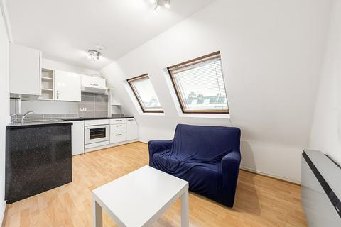1 bedroom apartment to rent - Greyhound Road, London, W6
