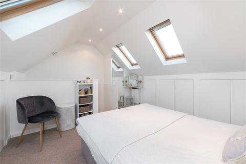 3 bedroom terraced house to rent - Manchester Grove, London
