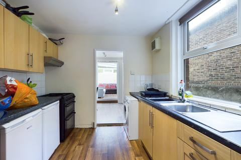 7 bedroom terraced house to rent - Osborne Road , Brighton BN1